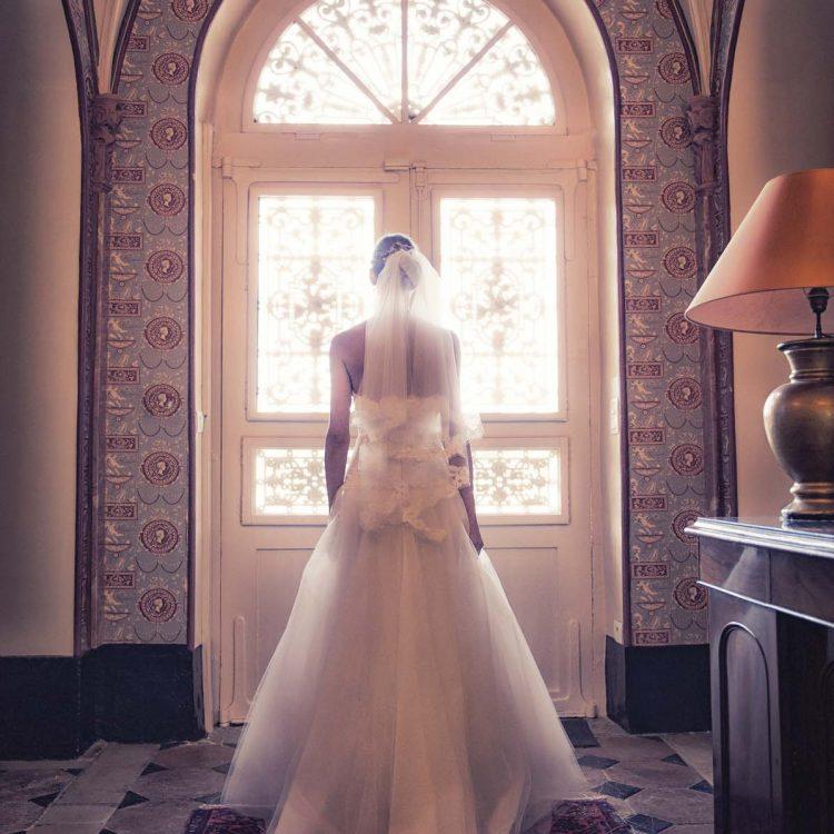 une mariée dans le château